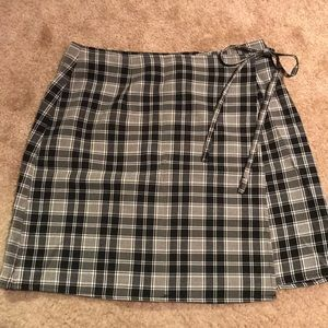 Plaid black and cream wrap skirt with side tie